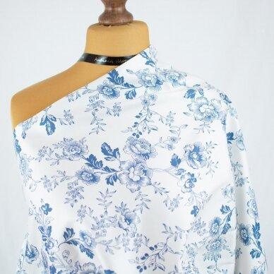 Mėlynų gėlių medvilnė su elastanu