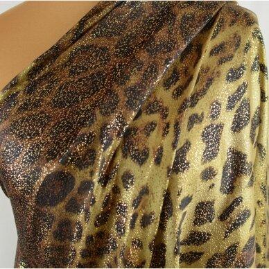 Saulėje spindinčio leopardo šilkas 3