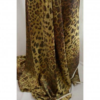 Saulėje spindinčio leopardo šilkas 5